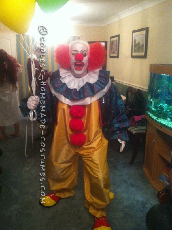 Coolest Homemade Pennywise the Clown Costume