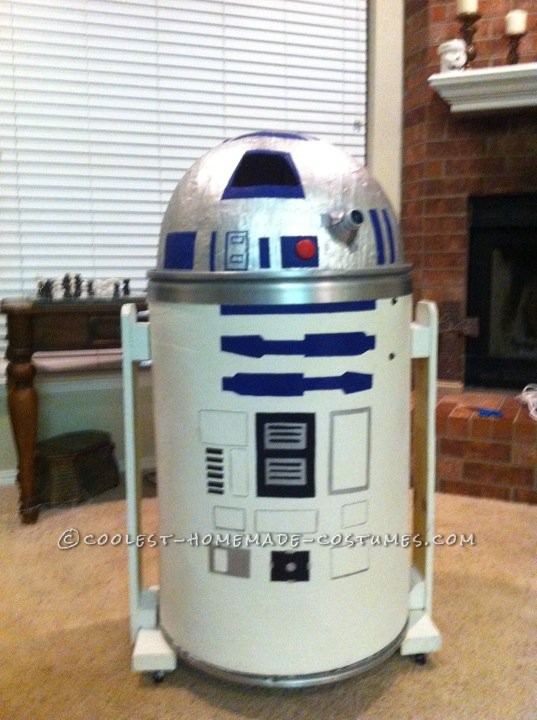 Coolest Homemade R2D2 Costume for Kids