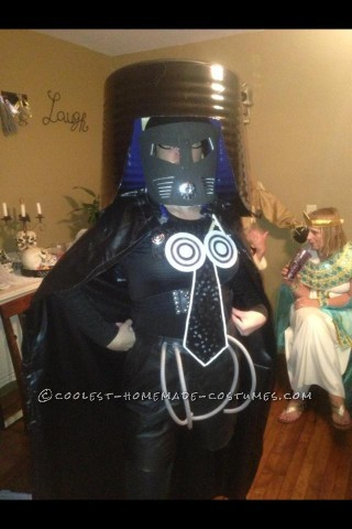 Coolest Homemade Costume from Spaceballs: Dark Helmet