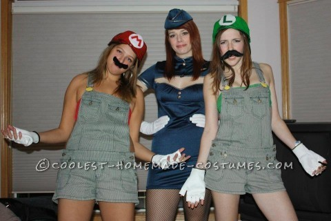 Easy Mario and Luigi Couple Costume for Two Women