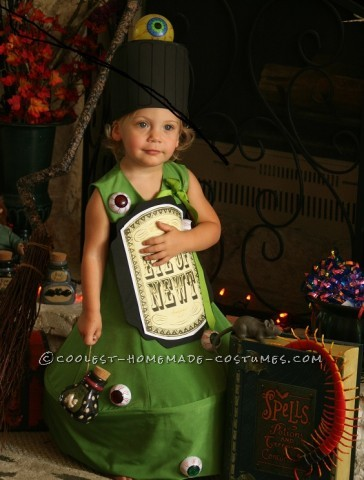 Original Costume Idea for a Toddler: EYE of NEWT Magic Potion Bottle Costume