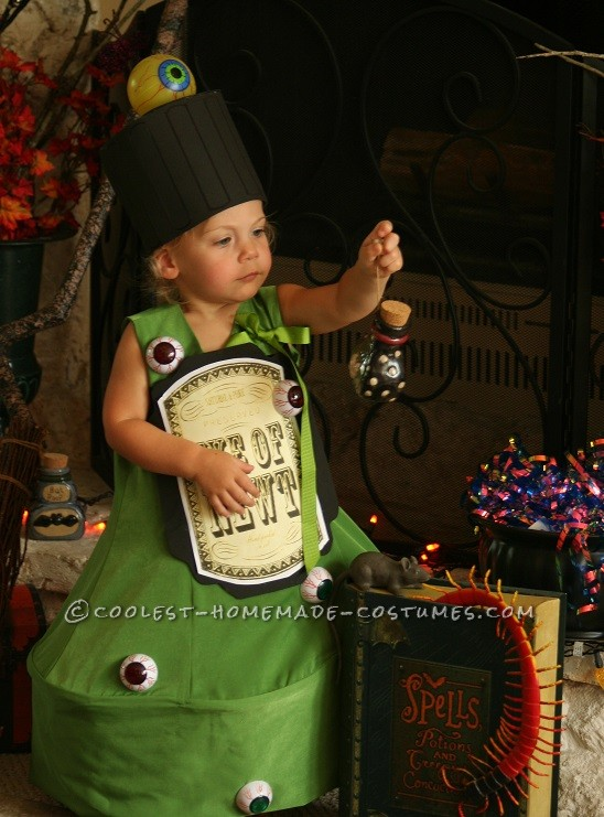 Original Costume Idea for a Toddler: EYE of NEWT Magic Potion Bottle Costume - 1