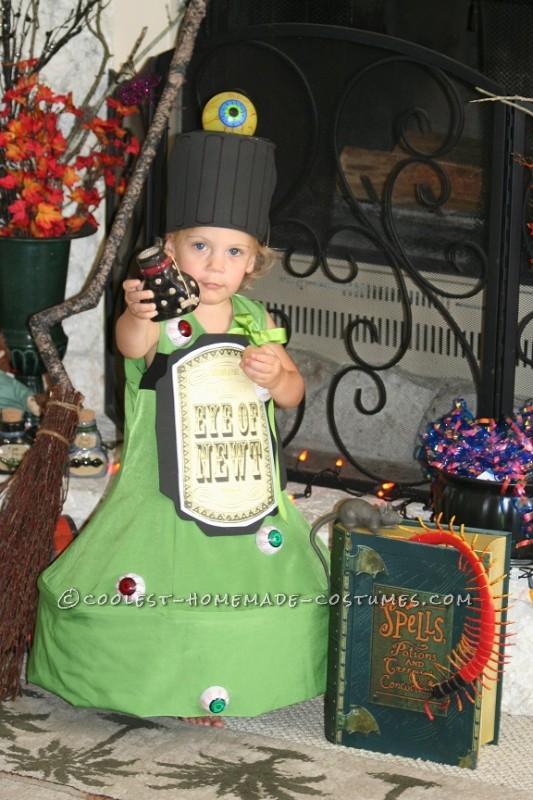 Original Costume Idea for a Toddler: EYE of NEWT Magic Potion Bottle Costume - 2