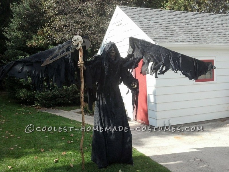 Coolest DIY Grim Reaper Costume: Free Hugs from Death