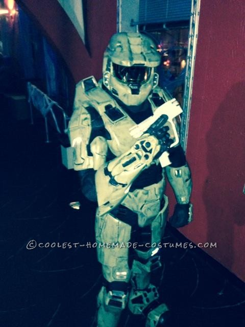 My Costume From Dream to Reality: I am Master Chief! - 1