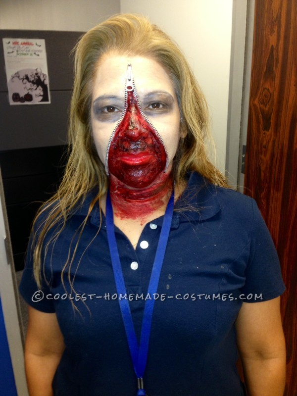 Gory Homemade Zipper Head in Freezer Costume - 1