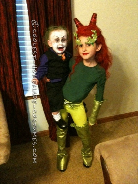 90's poison ivy and joker costumes