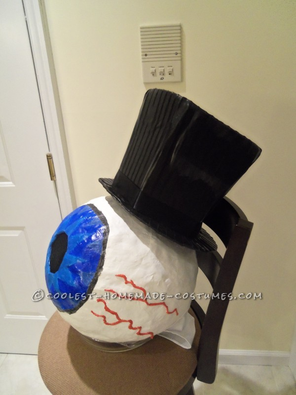 Cool Homemade Residents Costume - 3