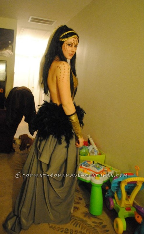 """Katy Perry Costume Inspired by the """"Alien"""" Video - 2"""