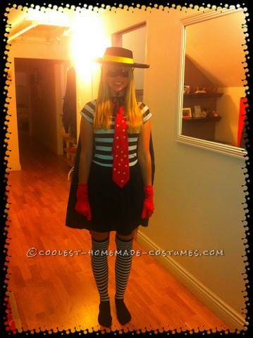 Last-Minute Homemade Hamburglar Costume for a Woman
