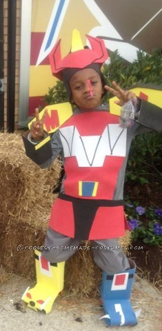 Homemade Megazord Costume Made of Boxes and Foam Sheets