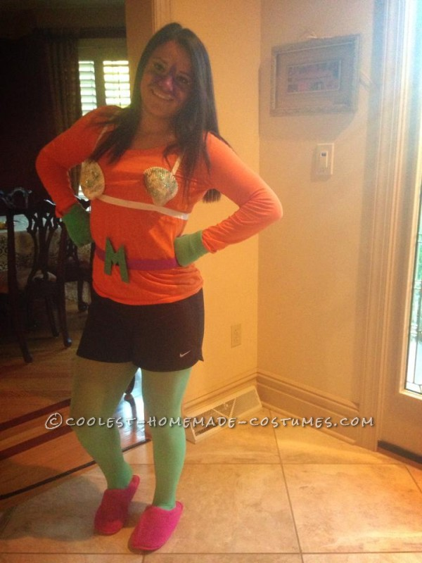 Easy and Funny Homemade Couple Costume: Mermaid Man and Barnacle Boy