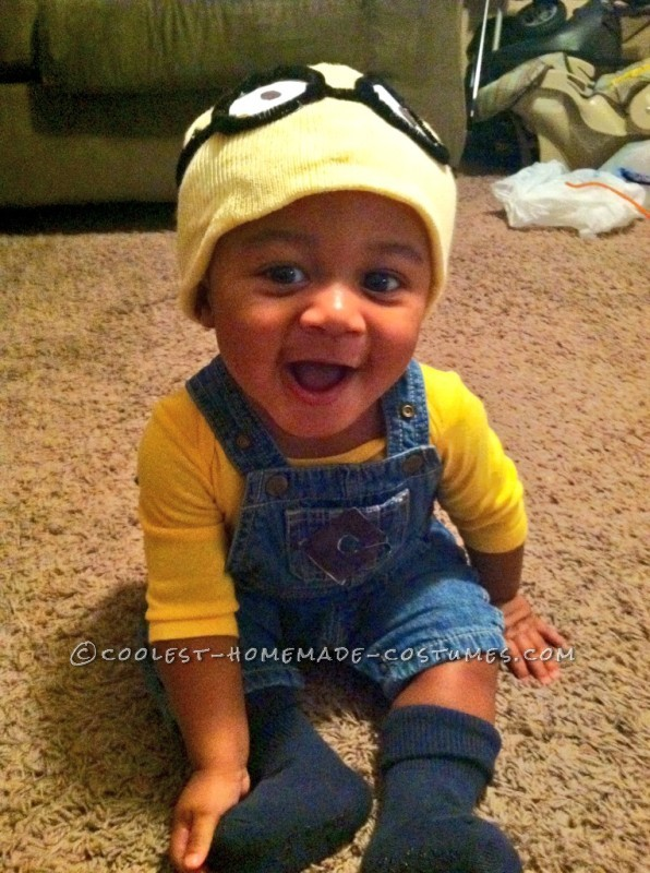 Coolest Homemade Baby Costume: Merry Minion Mischief