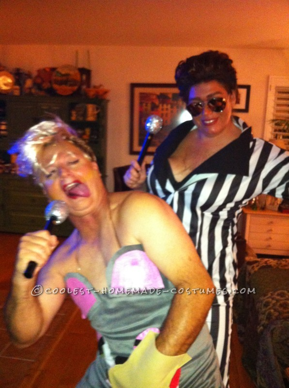 Hilarious Gender-Bend Couple Costume: Miley Twerk It and Robin Thicke - 2