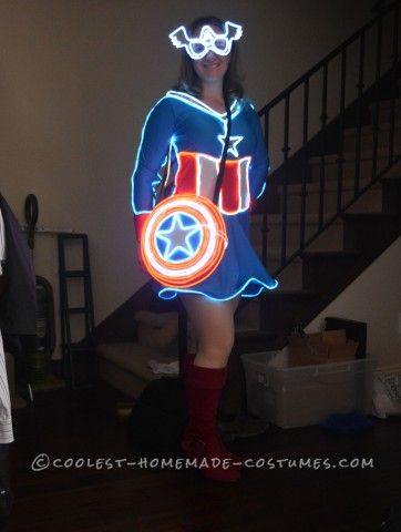 Glowing Mrs. Captain America Costume - Light of the Party!