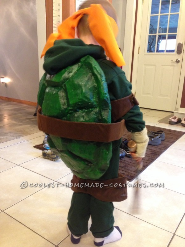 Cool Homemade Ninja Turtles Costumes for Two Children - 4