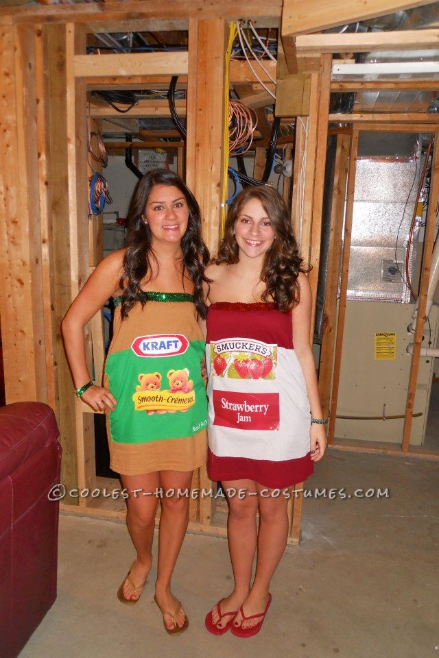 Fun Homemade Peanut Butter and Jelly Couple Costume