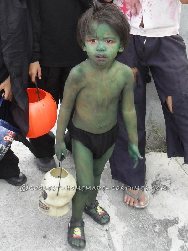 Easy Last-Minute Scary Toddler Costume