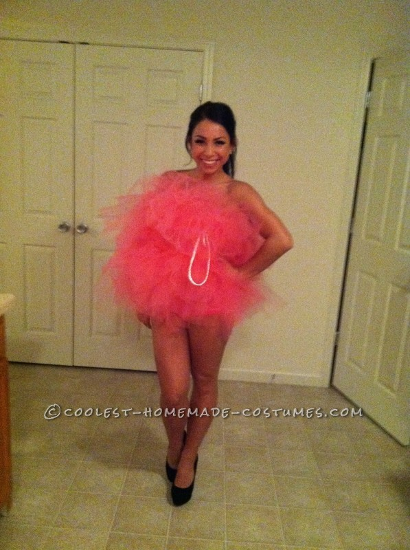 Sexy (and Easy!) Loofah Costume for the Ladies