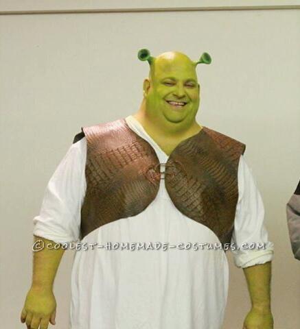 Coolest DIY Shrek and Fiona Couple Halloween Costume