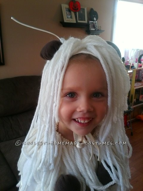 Cool Homemade Spaghetti and Meatballs Costume for a Toddler - 1