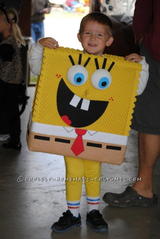 Cool Homemade SpongeBob and Gary to the Rescue Child Couple Costume