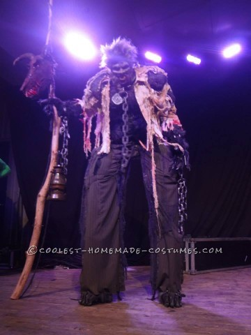 Awesome Homemade Werewolf on Stilts Costume