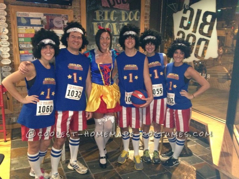 Funny Homemade Group Costume Idea: The Harlem Globetrotters