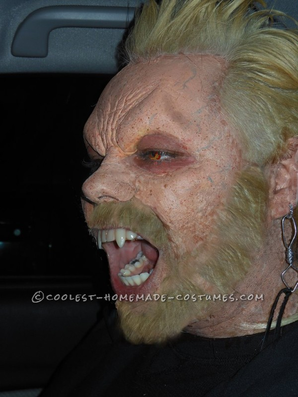 """Coolest Homemade """"David"""" Vampire Costume from The Lost Boys"""