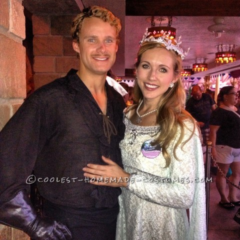 Cool Couple Costume Idea from The Princess Bride: Westley and Buttercup