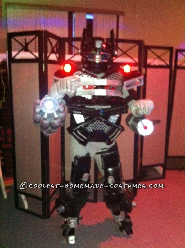 Cool Homemade Transformers Costume Made of Recycled Materials - 1