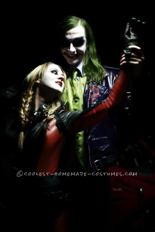 Classic Harley and Joker pose