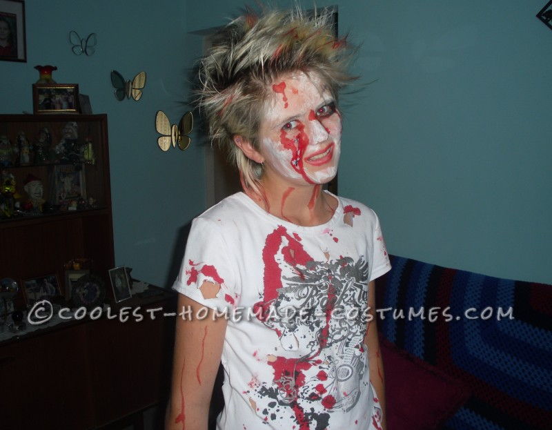 Easiest and Cheapest Homemade Costume: Zombie Girl - 2