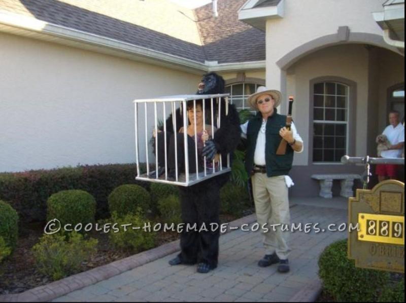 Rescue Me! Gorilla Carrying a Cage Illusion Costume