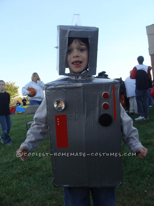 Easy Cardboard Box Robot