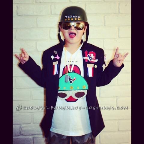 "Six Year Old Dressed up as Houston Texan's Super Fan - General ""Texan"" DeVil"