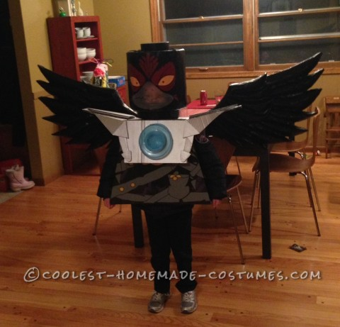 Cool Homemade Razcal Costume from Chima Legos