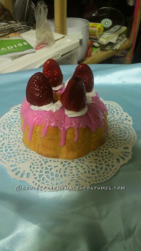 "Amazing Marie Antoinette Costume: ""Let Them Eat Cake!"" - 7"