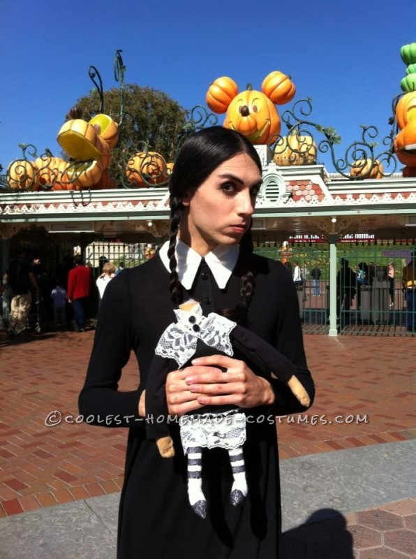 Gender-Swapped Wednesday and Pugsley Addams Couple Costume - 2
