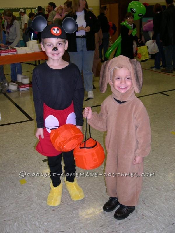 """Mickey Mouse & Mastiff """"Summer"""" 2007"""