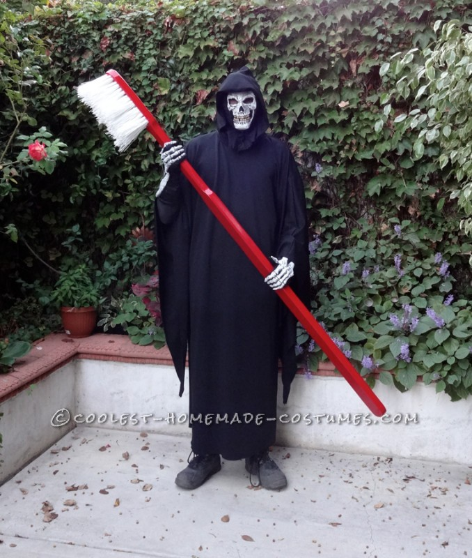 A Punny Brush with Death Costume - 1