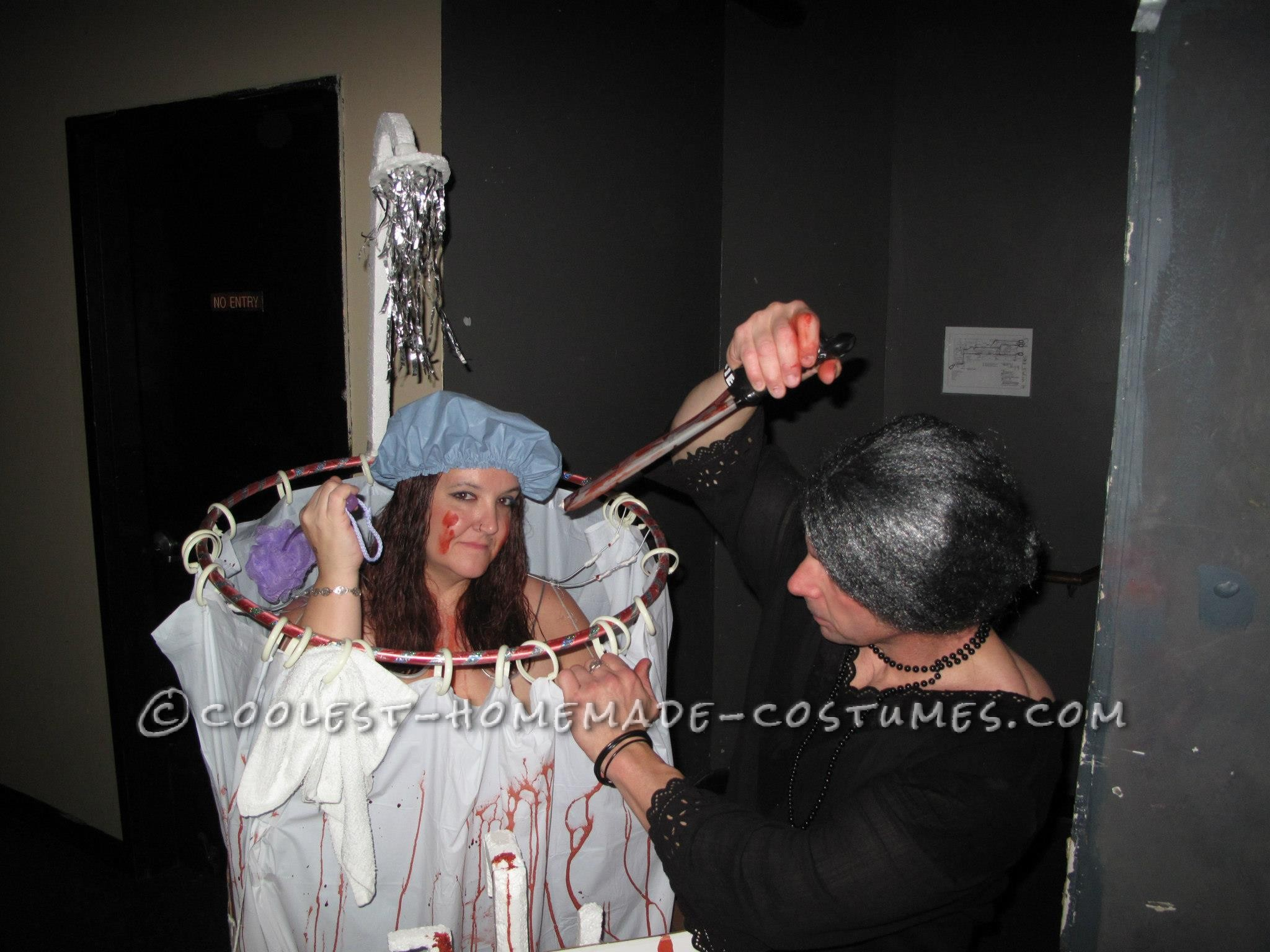 Psycho Shower Tribute Couple Halloween Costume