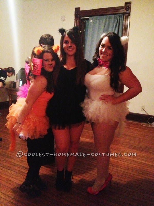 Adolescent Aristocats Girl Group Costume