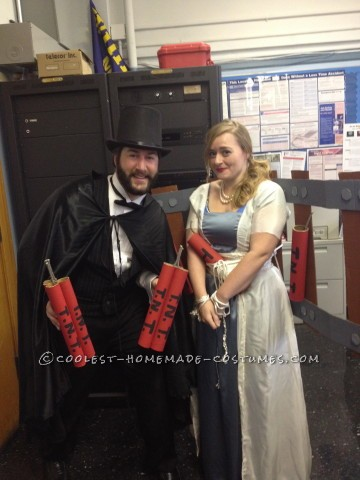Amazing Damsel-in-Distress and Villain Couple Costume!