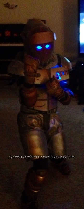 Cool Homemade Boy's Costume: Atom from Real Steel - 1