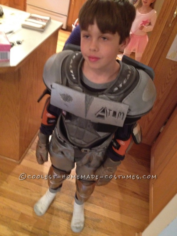 Cool Homemade Boy's Costume: Atom from Real Steel - 4