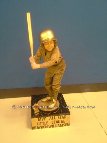 Cool Homemade Baseball Trophy Costume