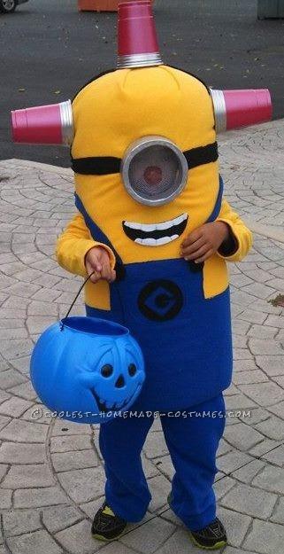 Contest-Winning Minion Halloween Costume - Bee Do Bee Do