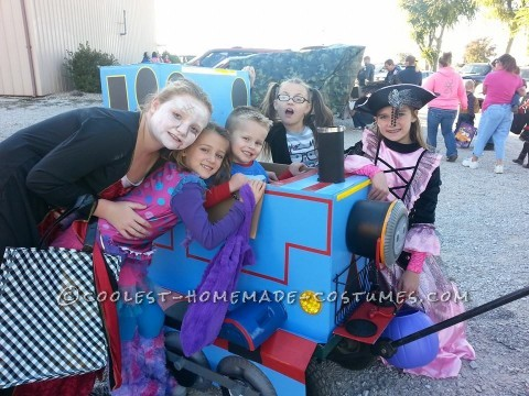 Cool Blue Box Thomas Costume on a Wagon and Candy-Collecting Smokestack