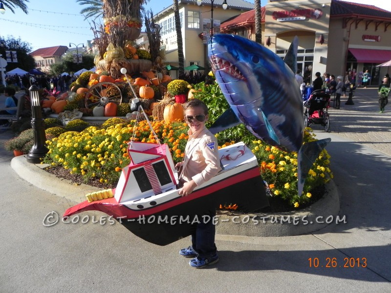 Cool Chief Brody Costume in Cardboard Box Orca Boat from JAWS